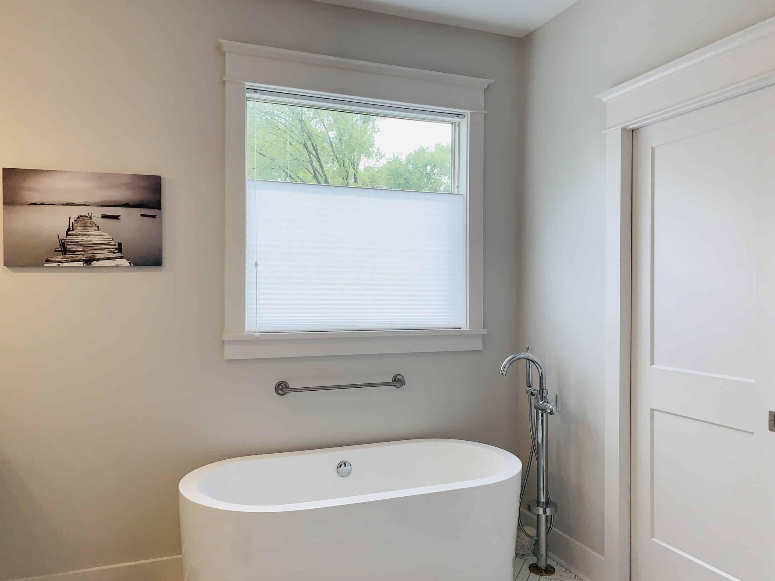 Cellular_Shades_Master_Bathroom