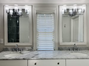 Faux_Wood_Blinds_Master_Bathroom