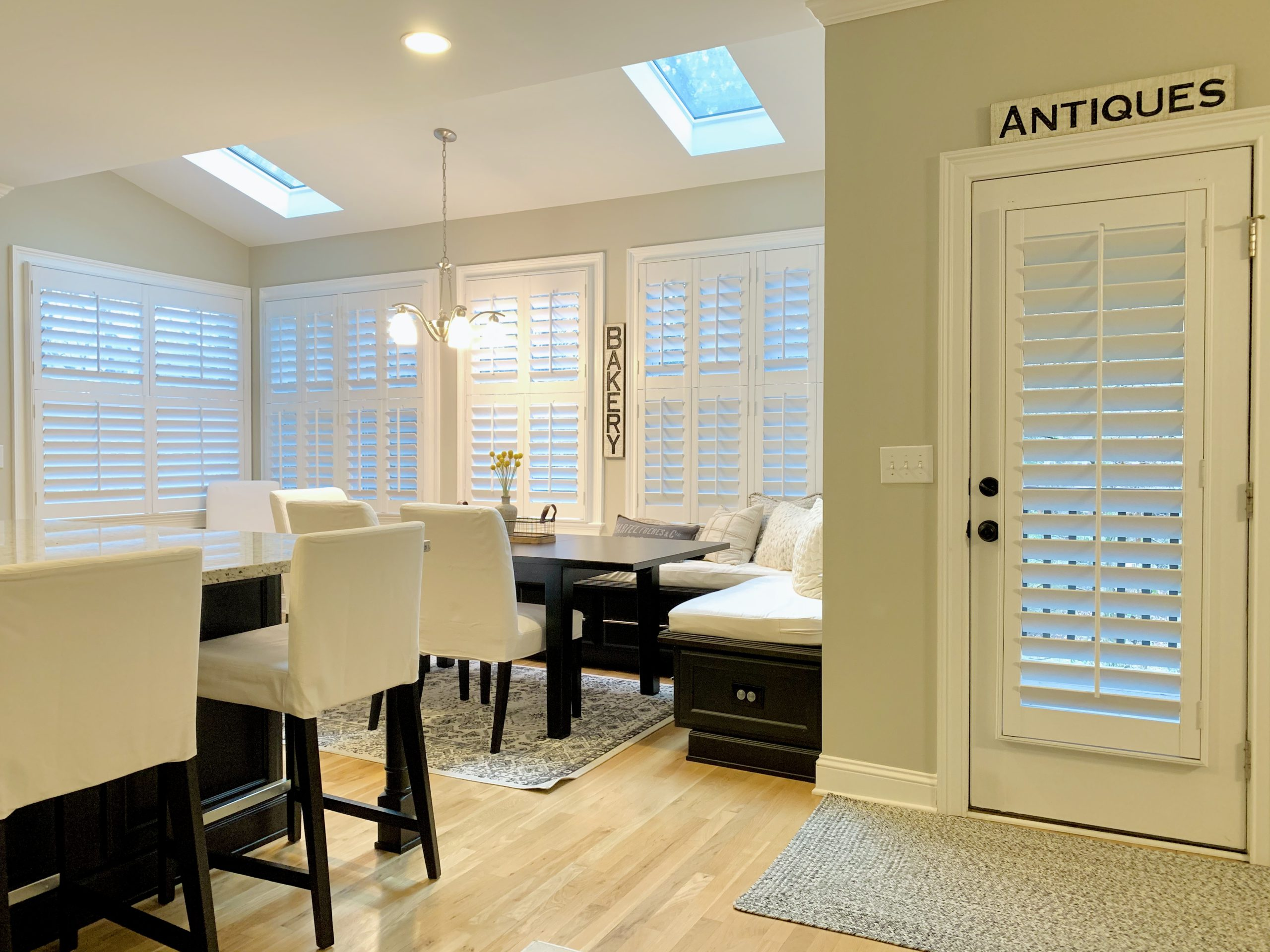 plantation_shutters_kitchen
