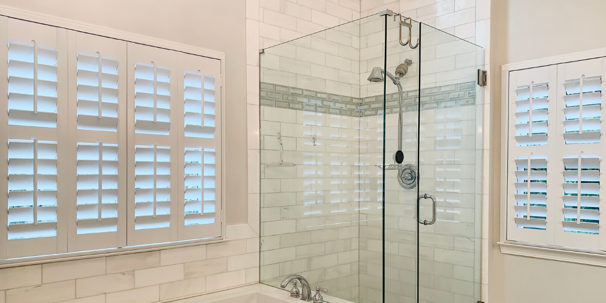 Plantation_Shutters_Master_Bathroom