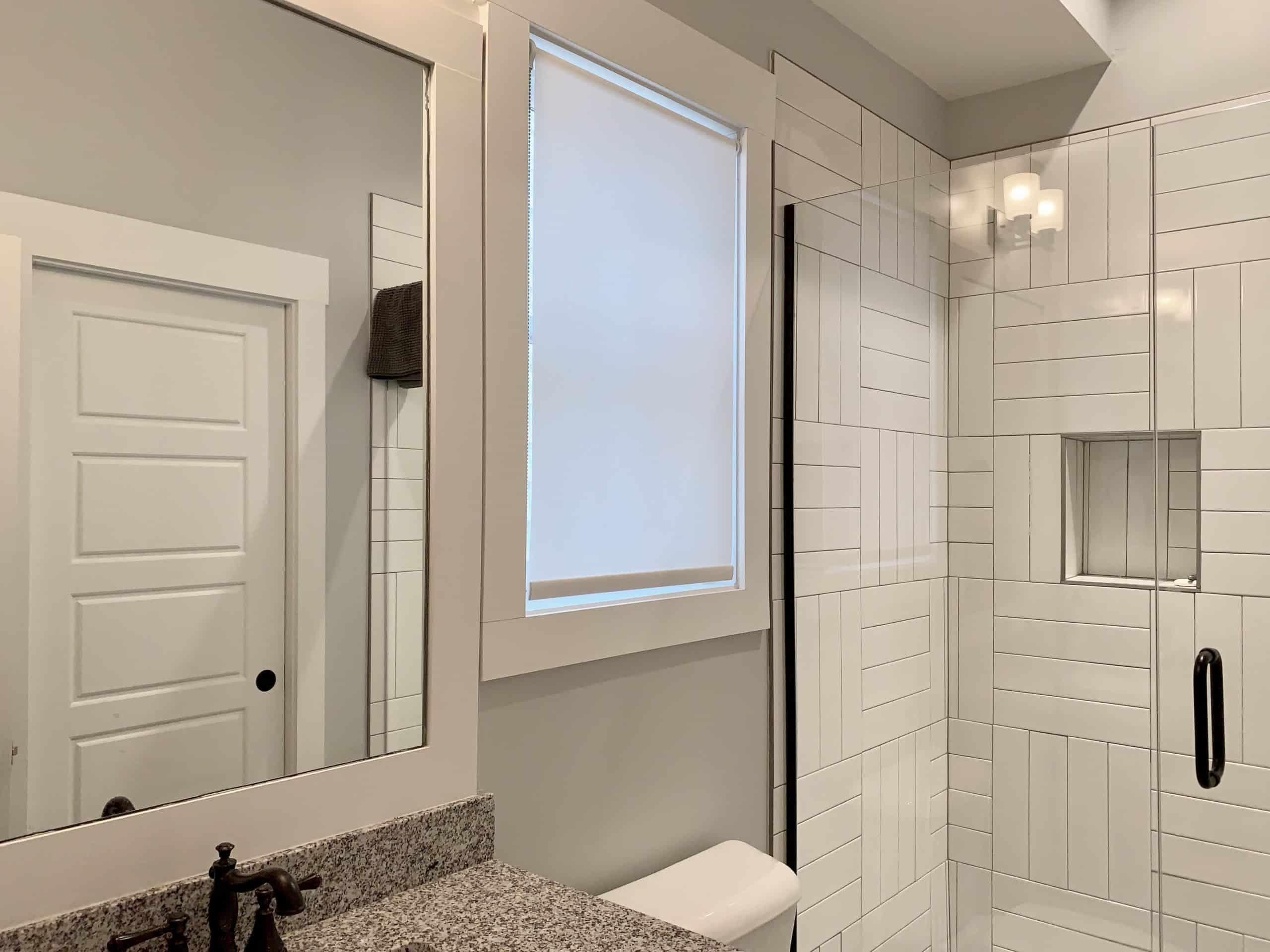 Roller_Shade_Bathroom
