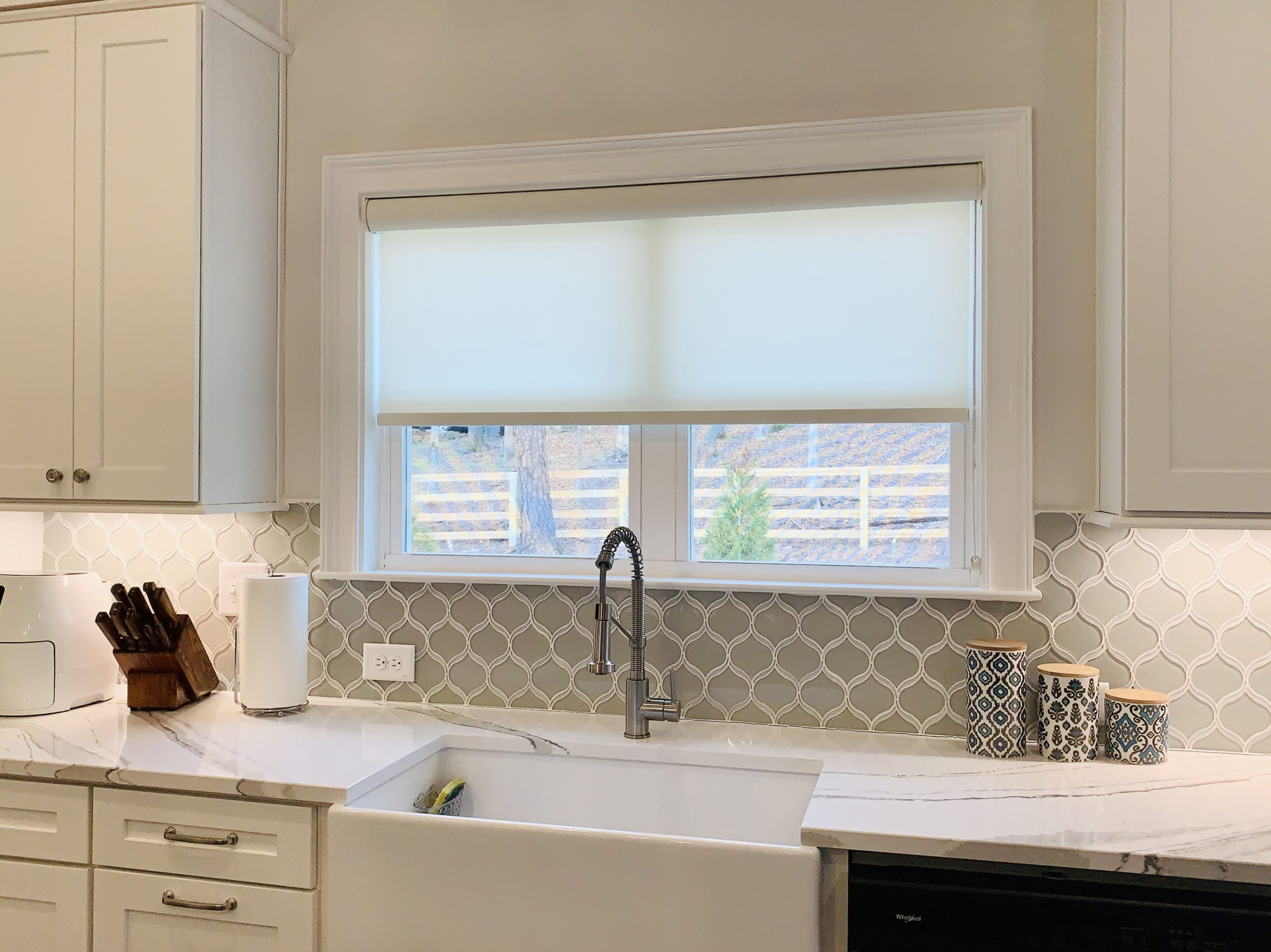 roller_shade_kitchen