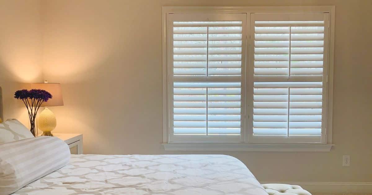 plantation_blinds_bedroom_acadia